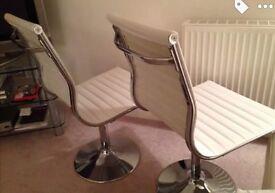 6 stunning white dining chairs *bargain*