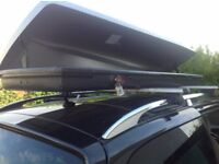 Jet bag classic 700 roof box made by Thule