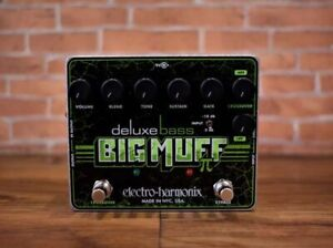 Big Muff Deluxe Bass