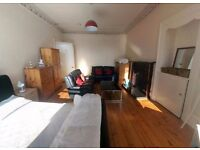 One large double bedroom available in great location next to the Meadows and Bruntsfield Links