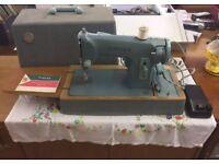 Vintage Singer sewing machine working order