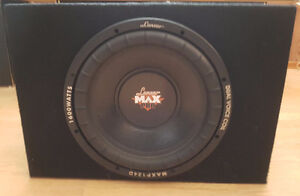 """12"""" Sub woofer 1600 Watts w/Insulated Box and 300W Pioneer Amp London Ontario image 1"""