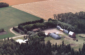 Acreage near Sturgis, SK.  Fully furnished house, move in!
