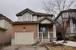 Gorgeous 3 bedroom fully detached home in Laurelwood community