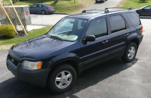 2004 Ford Escape XLS Traction avant - 2550$