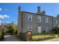 3 bedroom flat in Urquhart Place, City Centre, Aberdeen, AB24 5NQ