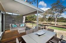 LARGE EXECUTIVE STYLE TOWNHOUSE Petrie Pine Rivers Area Preview