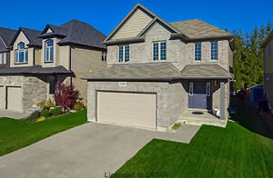 Ballymote Woods - Gorgeous Former Model Home London Ontario image 1