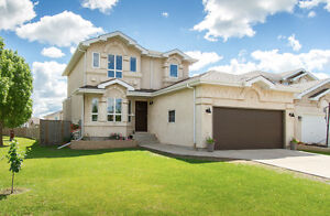 3 Harbour's End Cove, Stunning Family Home with Hugggee Yard!!!