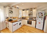 STUNNING 3 BED FURNISHED HOUSE CLOSE TO NORWOOD JUNCTION (WITH PRIVATE GARDEN) -GOOD VALUE FOR MONEY