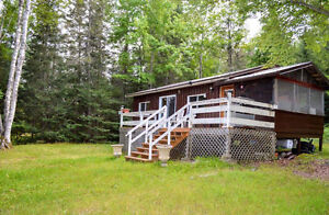 LAKE KIPAWA - Rustic Cottage