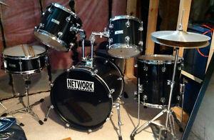 Hardly used drum set