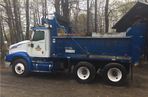 2003 International 9200 Dump Truck with 2013 Lanau Dump Box