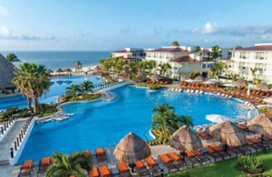 Cancun  - beach front - bargains for Feb/March