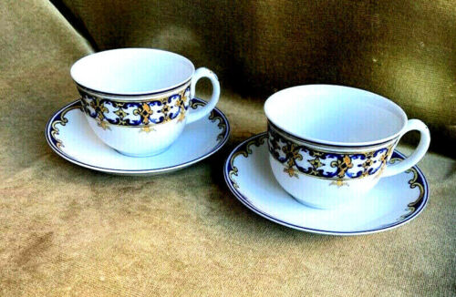 Pair of Vista Alegre Caradana Azulejo Portugal Teacups and Saucers