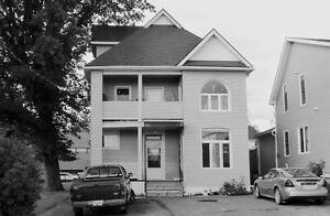 New Liskeard - Huge 1 Bedroom Apartment $825.00 + hydro