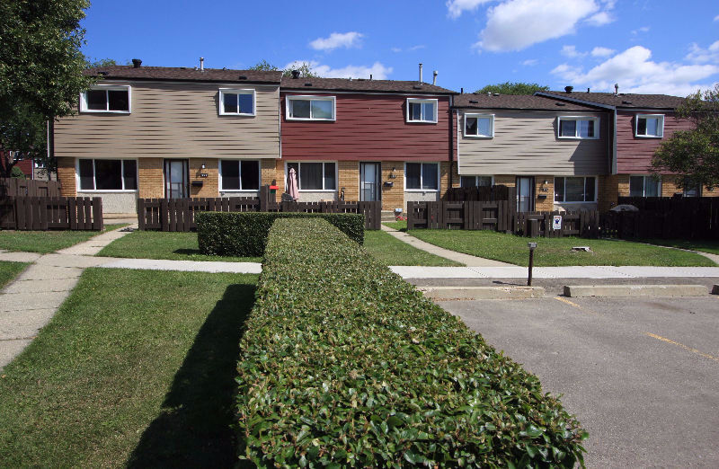 2 Bedroom Townhouse For Rent North Edmonton Apartments