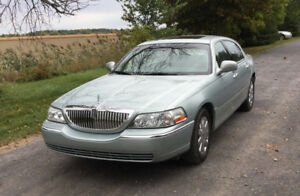 2009 Lincoln Town Car Signature Limited Berline