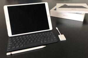 """10.5"""" iPad Pro 256gb Wifi Silver w Keyboard + Pencil + SD Card"""