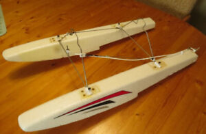 Floats for an RC Plane