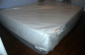 Cool Gel Memory Foam Mattress/Queen Size