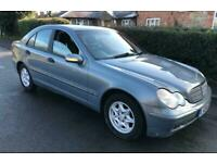 2004 MERCEDES C220 BRAND NEW MOT,DELIVERY,VERY CLEAN,DRIVES SPOT ON..CLASSIC Die