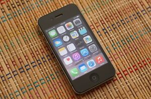 Apple iPhone 4S 16gb (Bell, Virgin Mobile) Good condition