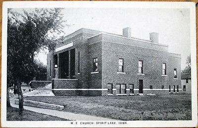 1930 Postcard: Methodist Episcopal Church - Spirit Lake, Iowa IA