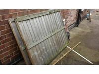 2 4ft high used fence panels