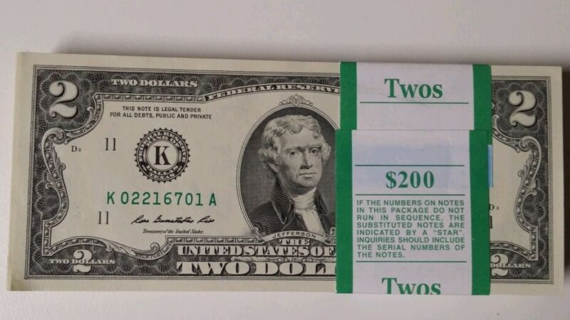 Lot of 10 brand new  Uncirculated Two Dollar Bill, Crisp $2 Note from BEP Pack