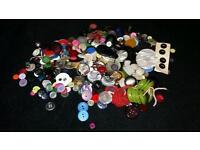 Decent selection & size job lot of buttons.