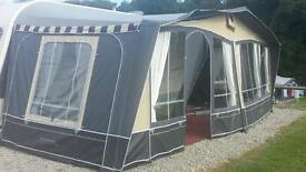 Caravan awning for single axle