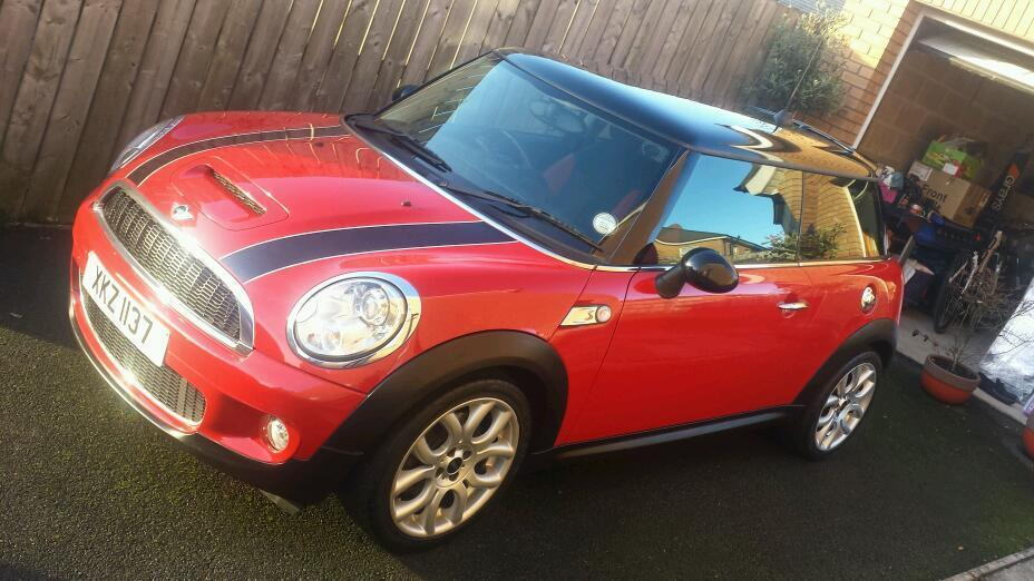march 2009 mini cooper s chilli pack bluetooth parking sensors fsh in lisburn county. Black Bedroom Furniture Sets. Home Design Ideas