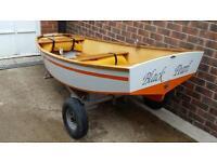 8 ball sailing dingy boat