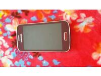 Samsung Galaxy Ace3 red