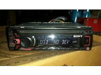 Sony cd mp3 aux usb player. Carbon look