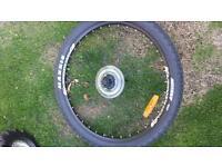 Bike wheel and tyre