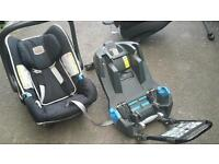Britax car safety seat and bade