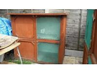 2 x 4ft hutches for sale