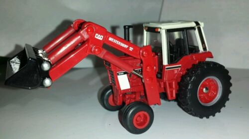 1/64 ERTL custom international 1086 tractor with red westendorf loader farm toy