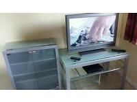 Sony 32 inch hd tv, Sony Dvd player and units