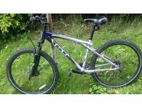 GT aggressor xc3 mountain bike 16.5 inch frame size £185..