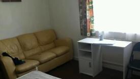 Room to Let On Mill Road