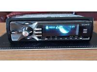 CAR HEAD UNIT SONY XPLOD BT5100 MP3 CD PLAYER WITH BLUETOOTH AUX 4x50 AMPLIFIER AMP STEREO RADIO BT