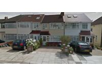 Stunning New STUDIO Flat available for quick move ( SINGLES / COUPLES ) GREENFORD - £ 750 / MONTH