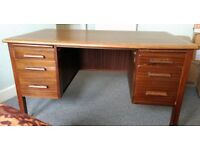 FREE Vintage retro Solid Wood clerks desk. Must be collected from Clydebank today!!