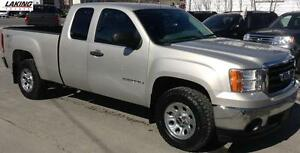 2008 GMC Sierra 1500 SL 4X4 EXTENDED CAB HITCH LOW KILOMETERS Cl