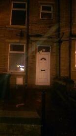 House Home To Let 2 Bedroom Bd8/Bd9 off duckworth lane Fully Furnished