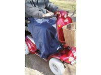 Wheel chair/scooter leg cape
