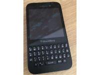Unlocked blackberry q5